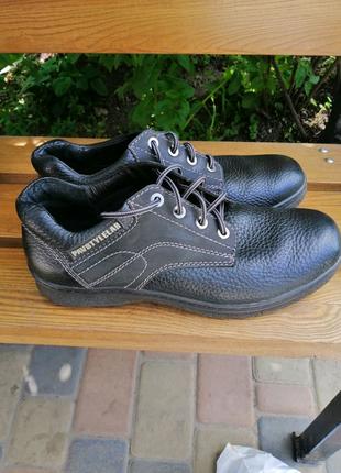 Продам мужские ботинки , туфли