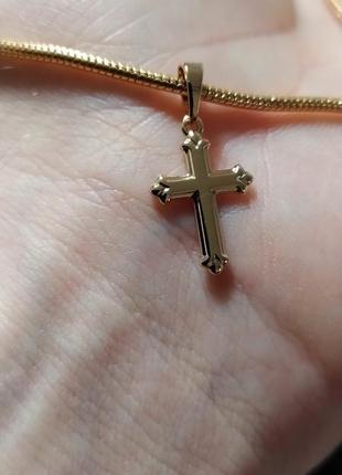 Крестик позолоченный xuping. позолота18к, медицинское золото