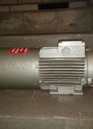 Электродвигатель машина постоянного тока