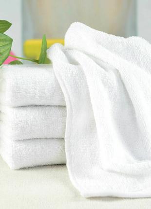 Белые, банные, махровые полотенца