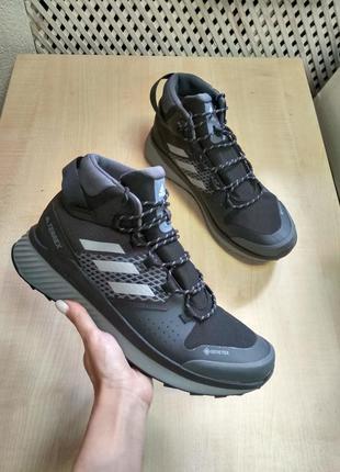 Кроссовки для хайкинга adidas terrex folgian mid gore-tex ef03...