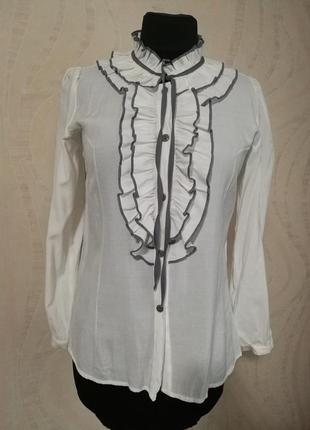 Стильная трендовая блуза рубашка с рюшами,с жабо