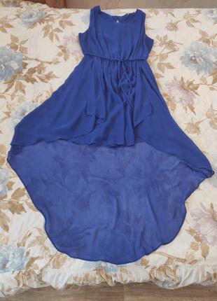 Продам красивое фирменное платье NEW LOOK