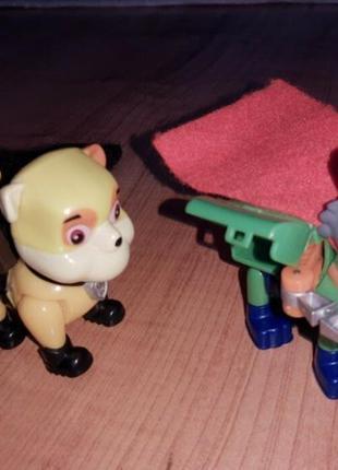 Игрушки щенячий патруль крепыш и рокки