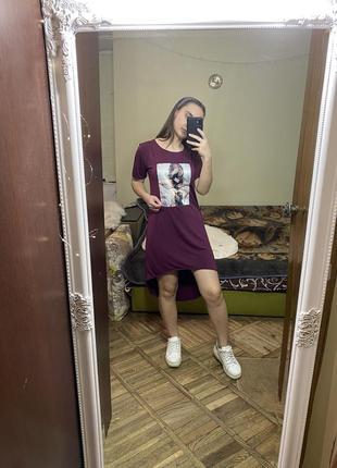 Платье футболка с 3д заколками