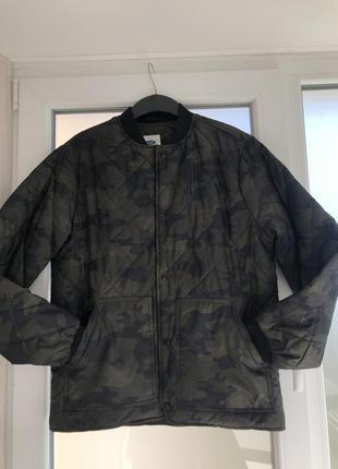 Стеганная куртка бомбер old navy  !