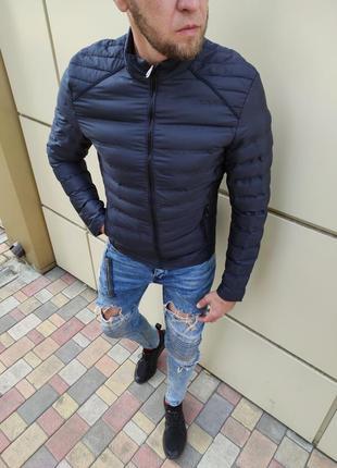Осенняя мужская куртка без капюшона