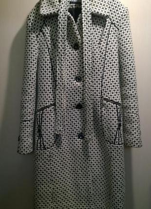 Женское шерстяное пальто букле liardi