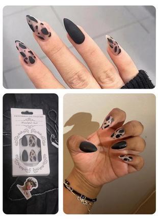 Комплект матовых накладных ногтей 24 шт. с клеем