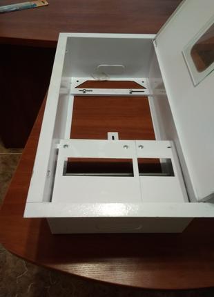 Шкаф  металлический, под трехфазный счётчик
