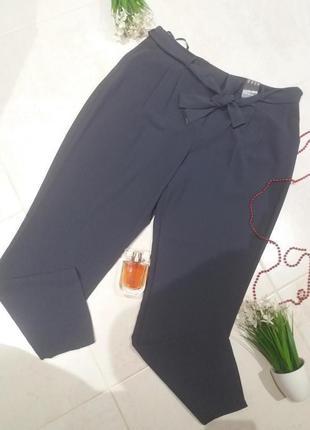 Нарядні брюки 52 р
