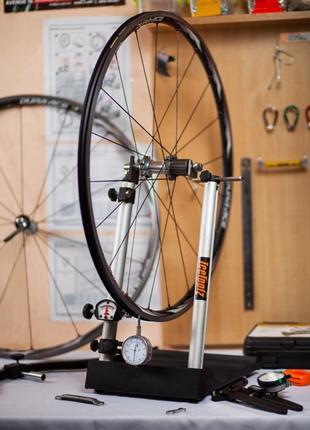 Сборка и центровка велосипедных колес по тензометру. Ремонт ве...