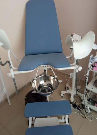 Кресло гинекологическое КГ-1М со смотровой кушеткой