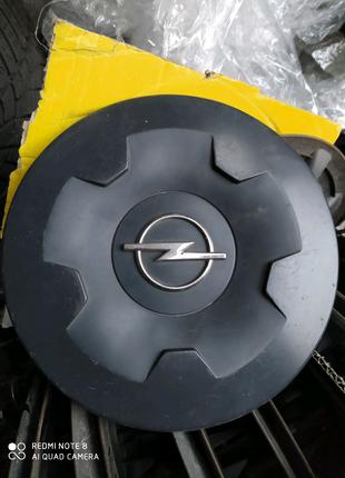 Колпаки Opel Vivaro 16(5*118)