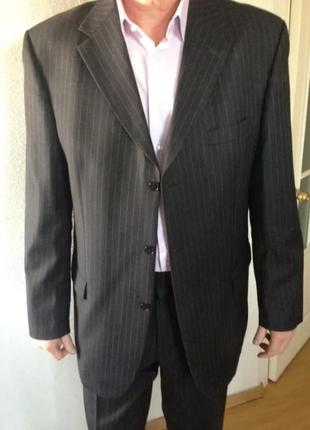 Статусный деловой шерстяной костюм roy robson