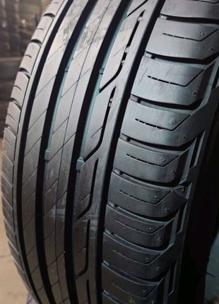 Комплект 225/45 r17 Bridgestone Turanza T001