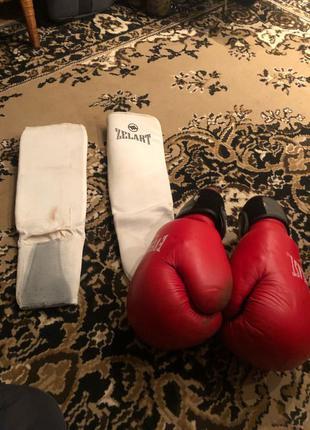 Перчатки боксерские эверласт