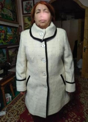 Осеннее пальто размер 60