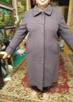 Осеннее пальто  размер 56