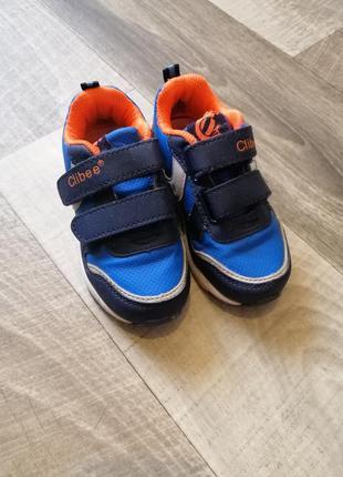 Кроссовки для мальчика. clibee