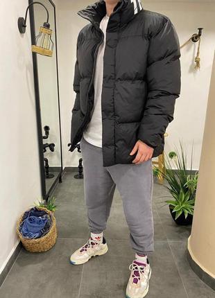 Мужская зимняя куртка оверсайз черного цвета