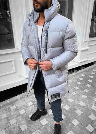 Мужская очень теплая зимняя удлиненная куртка серого цвета
