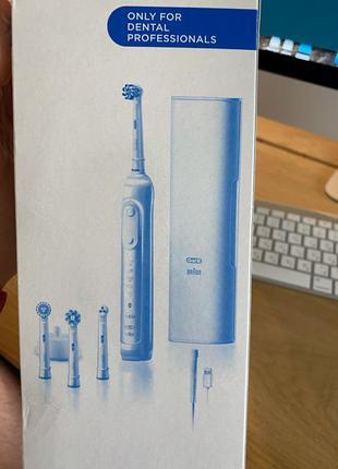 Зубная щётка Oral-B Genius X 20000