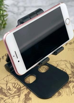 Универсальная подставка под смартфон и планшет.