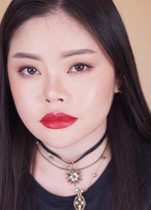 Помада-карандаш для губ golden rose smart lips moisturising 13