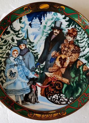 Продам Рождественскую, датскую, декоративную, фарфоровую тарелку.