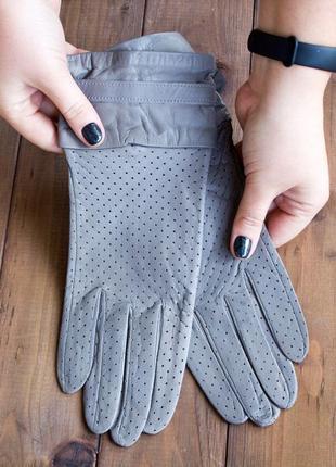 Женские  перчатки из кожи ягненка. все размеры