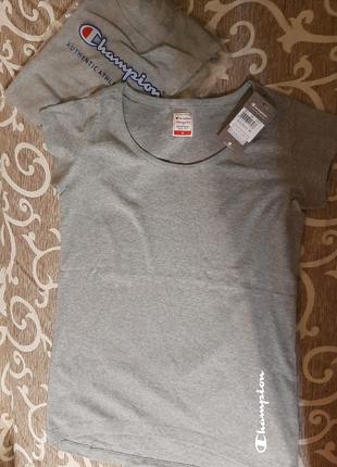 Женская футболка оригинал серого цвета