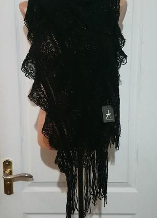 Тонкий кружевной шарф
