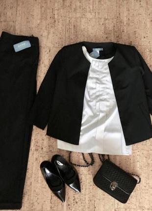 Новый стильный деловой костюм sezone с бирками.