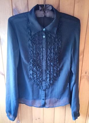 Красивая фирменная блуза с жабо, длинный рукав