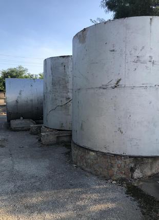 Продам металлические емкости из-под светлых нефтепродуктов