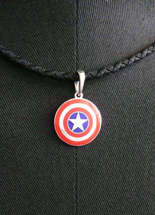 Капітан Америка, Капитан Америка, кулон.