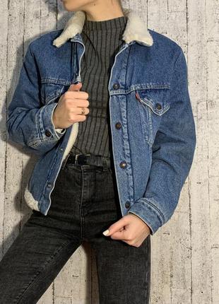 Джинсовая куртка с мехом oversize levi's ❤️