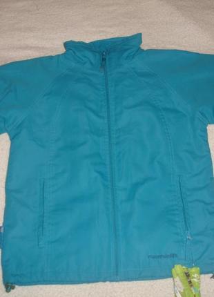 Фирменная легкая демисезонная куртка мальчику 9-10 лет