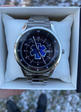 Мужские наручные часы Q&Q A 210 415 Экстренная медицинская помощь