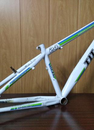 """Рама велосипеда 24"""""""