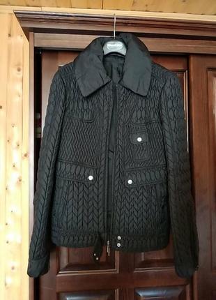 Куртка шикарна
