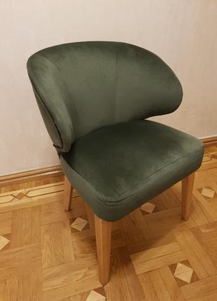 Стулья и кресла для ресторанов, кофе, гостиной.