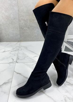 Женские чёрные замшевые сапоги ботфорты на низком каблуке,высо...