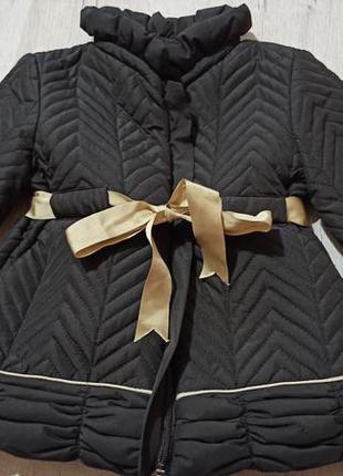 Красівєнне пальтішко курточка іспанія