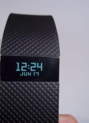 Фитнес трекер браслет Fitbit Charge HR
