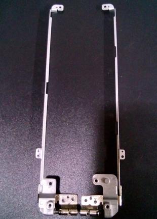 Петли крепления Acer Aspire 5542