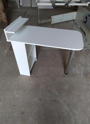 стол маникюрный