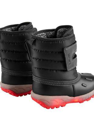 Детские мигающие сапоги зима carters теплые зимние ботинки