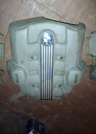 Крышка двигателя декоративная bmw